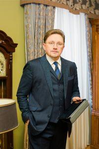 эксперт   в области прикладной геологии и геодезии  Козодаев Андрей Николаевич